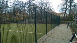 Doppelstabmattenzaun Bolzplatz